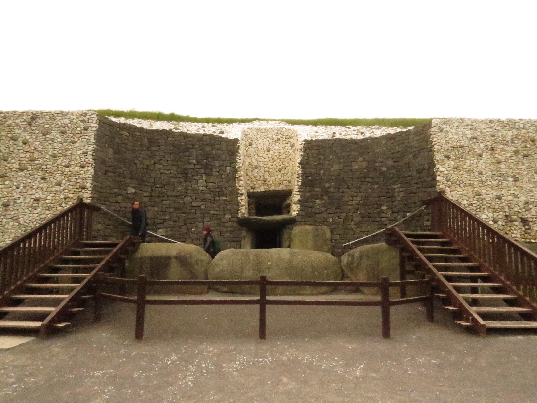Newgrange, Irlanda